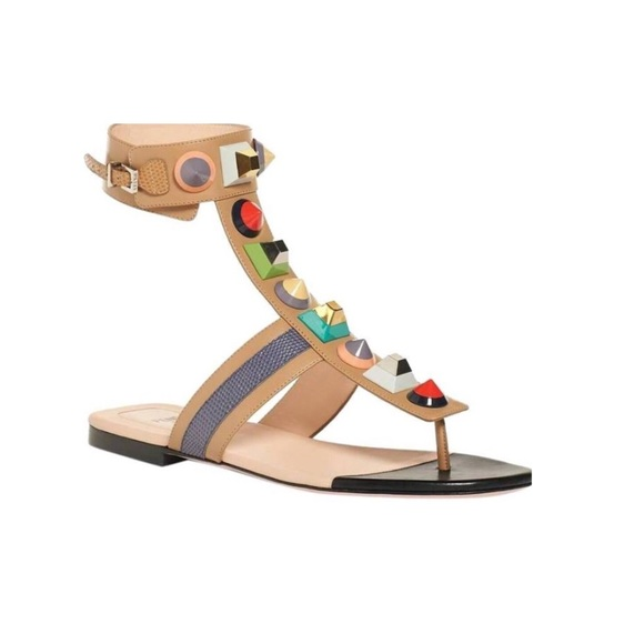 Fendi Studded Patent Leather Sandals w/ Tags sale 2014 unisex cheap sale looking for latest for sale for cheap online ebDGv